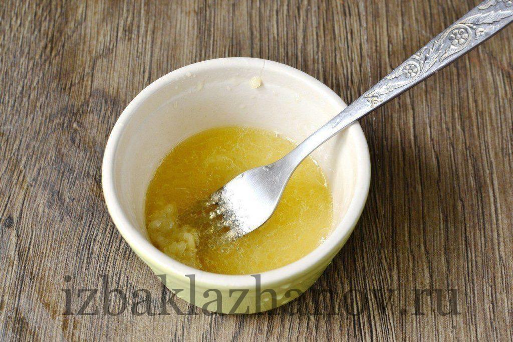 Соус для салата из кабачков с тунцом