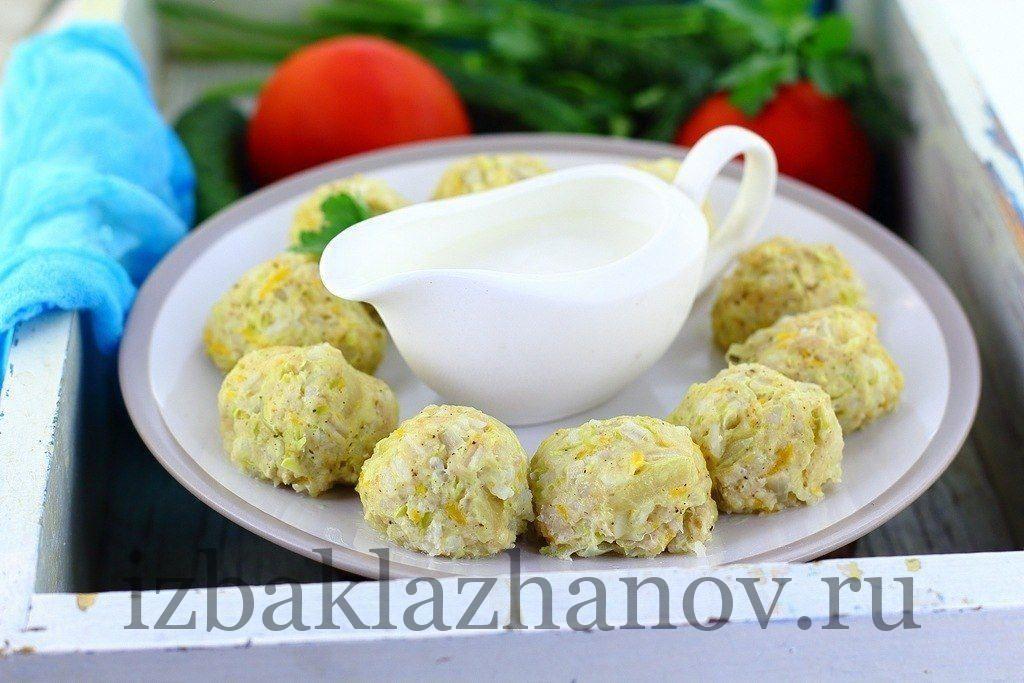 Вкусные фрикадельки с кабачком готовы